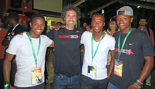 Ethan Zohn and GRS Young Ambassadors