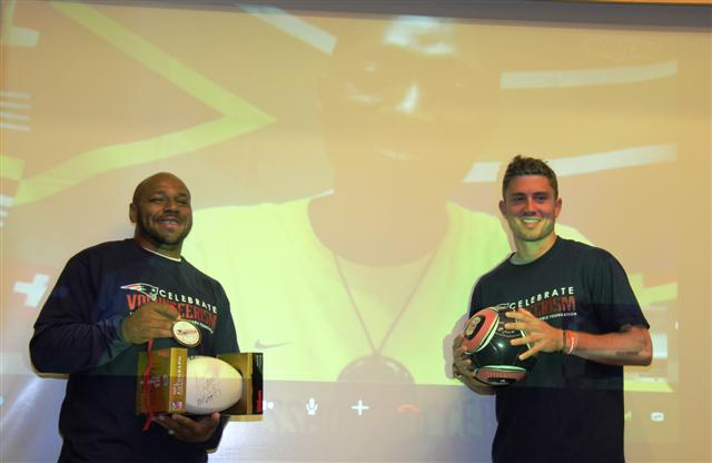 Coach Lucky receives award from Patriots